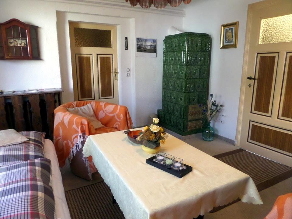 ferienwohnung loch dresden rochwitz. Black Bedroom Furniture Sets. Home Design Ideas